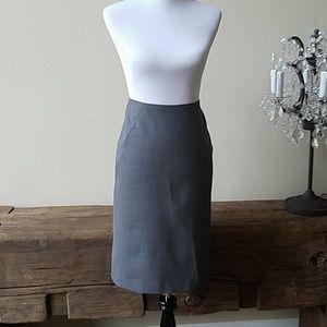 Theory gray pencil skirt